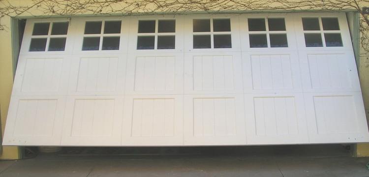 Garage door photo gallery denkers garage doors for 1 piece garage door
